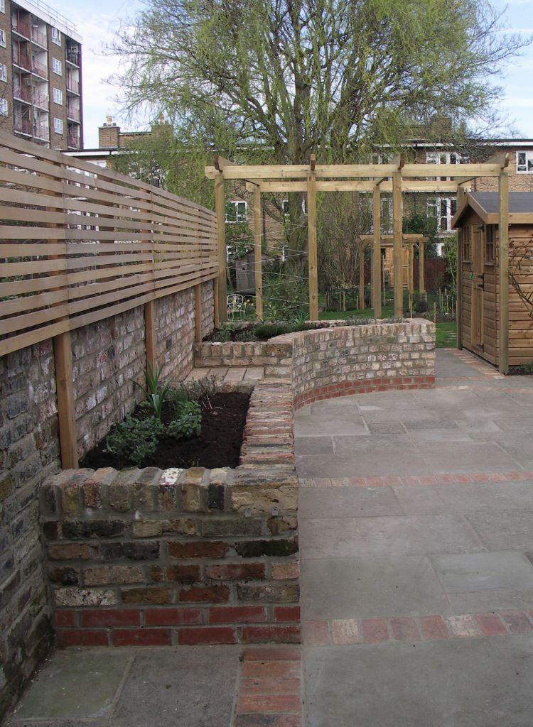 Raised Patio With Steps: Long Narrow Gardens