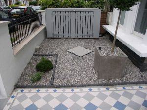 Victorian front gardens: rope edging and dove grey pebbles
