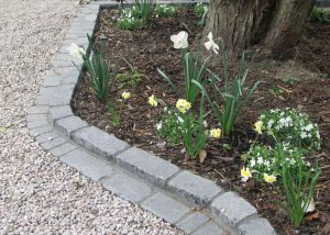 Victorian front gardens: Basalt sett edging and Scottish Atlantic pebbles